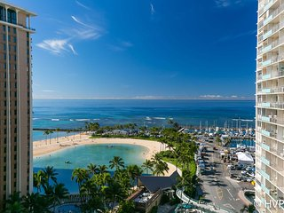 Ilikai 1418 2 Bed Room Luxury Remodel Ocean / Lagoon / Fireworks Views, Honolulu