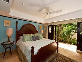 Coral Cove 3 - Caribbean Inspired Bedroom