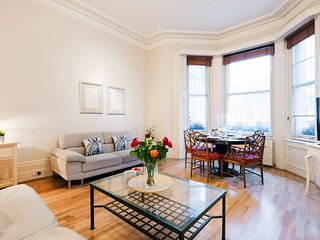 Cromwell Road Residence apartment in Kensington & Chelsea with WiFi.