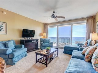 Sterling Shores 818-3BR-FAB VIEWS- 100ft to Beach! RealJoy Fun Pass