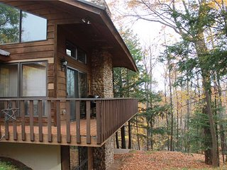 Located at Base of Powderhorn Mtn in the Western Upper Peninsula, A Spacious Trailside Home with Large Stone Fireplace, Indoor Hot Tub & Allows Dogs