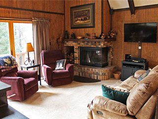 Located at Base of Powderhorn Mtn in the Western Upper Peninsula, Intimate & Cozy Home in Wooded Setting with Outdoor Hot Tub, Ironwood