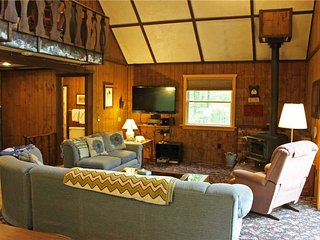 Located at Base of Powderhorn Mtn in the Western Upper Peninsula, A Cozy Home with Fantastic View of Ski Hill, Ironwood