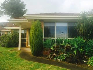 Anderson Creek One Accommodation Andersons Creek short stay, Doncaster East