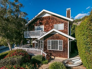 3BR, 3BA Enjoy Ocean Views from Summerland House – 5 Blocks from Beach