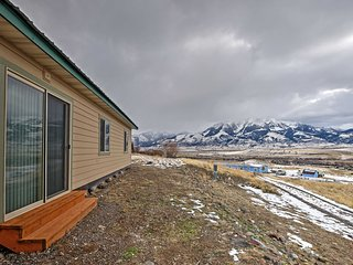 Serene 2BR Emigrant Cottage Near Yellowstone Park!
