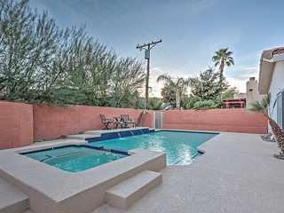 3BR La Quinta House w/ Large Private Pool!