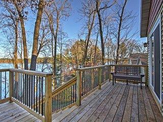 2BR Chetek House on Beautiful Prairie Lake!