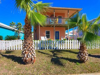 3/3 private home! Over 1000 sq ft of decks! Community Pool! Beach Boardwalk!
