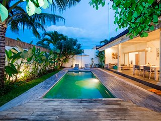 1 - 2 Bedroom walkable to Seminyak Beach
