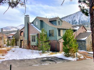 Lodges 1111, Mammoth Lakes