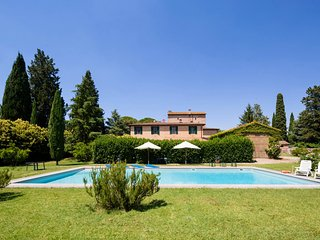 5 bedroom Villa in Siena, Tuscany, Italy : ref 5269736