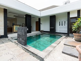 Private Villa 2Br/with Pool and Kitchen, Pejeng