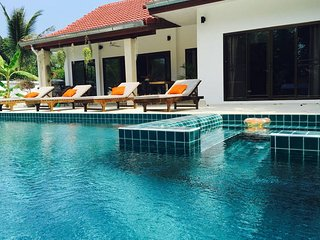 Villa 2BR - BIG Private Pool+Jacuzzi, Chaweng