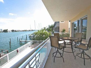 204 Bay Harbor, Clearwater