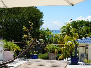 30 m to the beach - Spacious 3 bedroom appartment, Tamarin