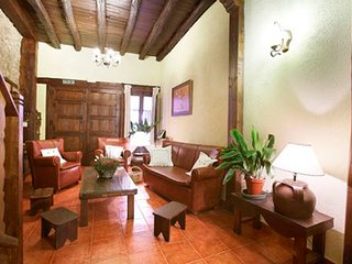 House with 5 rooms in Caceres, with wonderful city view and balcony, Cabezuela del Valle