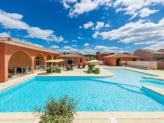 Villa 4 personnes dans résidence dans le Languedoc avec Piscine