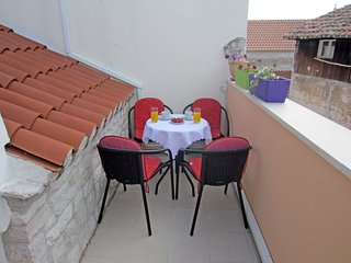 Apartment Trifora Trogir center