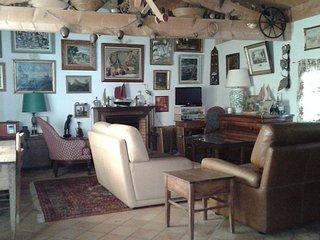 Maison de charme et confort à 100m de la plage  3 chambres 3 salles de bain 3 WC, Saint Clement des Baleines