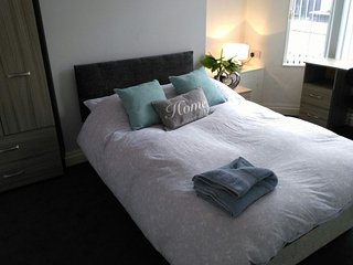 Newly Refurbished 3BR House Close to City Centre