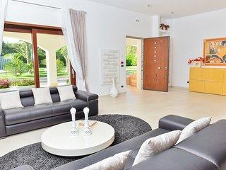 Dream Villa -  Rent Luxury property in Puglia - 20 km by Brindisi airport, San Michele Salentino