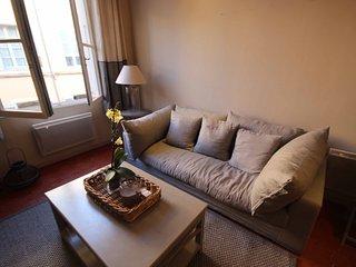 Magnifique Appartement Ancien en plein coeur du centre ville décoration soignée, Aix-en-Provence