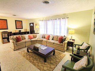 Sunny Oak - Long Term Renters Welcome