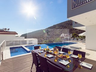 Villa Jupiter - 4 bedroom villa in Kiziltas, Kalkan with private pool & sea view