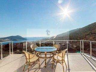 Villa Neptune - 3 bedroom villa in Kiziltas, Kalkan with private pool & sea view