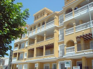 2-Bed Ground Floor Apartment with Air Conditioning, and wheel chair access., Almoradi