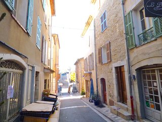 Heart Valbonne Village fully equipped new  studio
