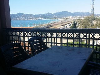 Cannes: seaview studio near beaches, swimmingpool