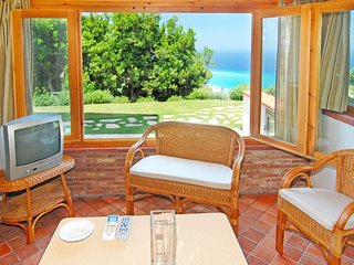 Apartment in a residence in a relaxing place with a pool and children's area, Capo d'Orlando