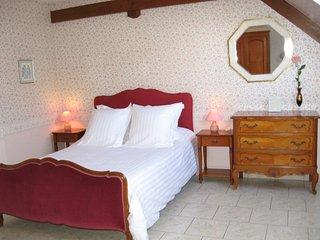 une suite de deux chambres de 12m² et 17m²., La Chapelle-sur-Loire