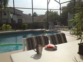 Beautiful Holiday Villa only 5 minutes from Disney, Kissimmee