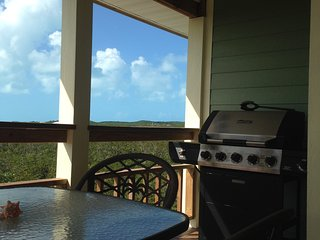 2 Bedroom/1 Bath with Sea Views, Deadman's Cay