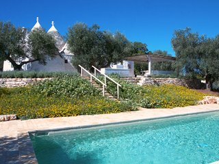 Trulli Nelly: Charming Countryside Trulli with Pool