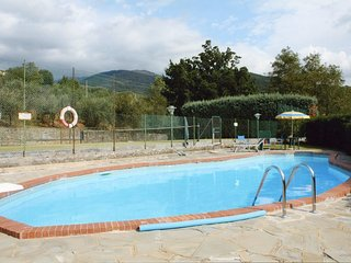 Charming farmhouse in Valdarno with pool and tennis court, Pian di Sco