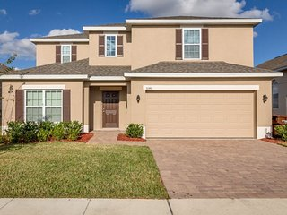 This brand new pool home with 5 br Orlando vacation rental is convenient to the, Davenport