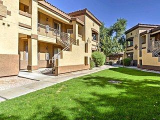 Mesa Condo w/Private Balcony & Heated Pool Access!
