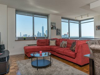 Luxury 2B2BA APT - NYC SKYLINE VIEWS -ZEN SUITES-41QA