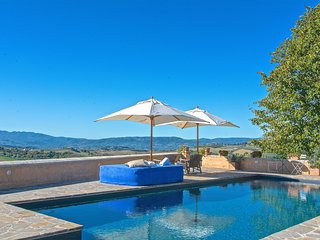 Luxury Exclusive villa with pool near Todi in Umbria