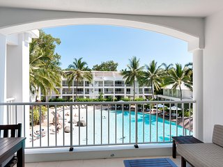 2 Bedrm Penthouse Pool Views, Palm Cove
