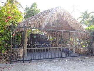 Amazing villa in beach residence