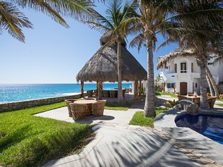 Beachfront Villa incorporating 10 individual bdrm/suites with en-baths