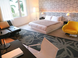 DELUXE STUDIO SUITE - MONDRIAN SOUTH BEACH, Miami Beach