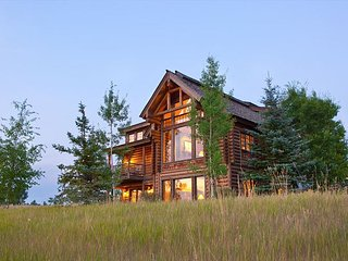 4th of July Price Reduction! 5 Bedroom Cabin in Teton Springs