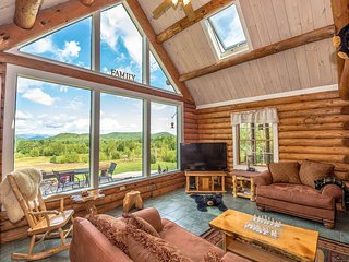 """The Hive"" Luxury Mountain Log Home At The Conways / 35 Peaks View, Brownfield"