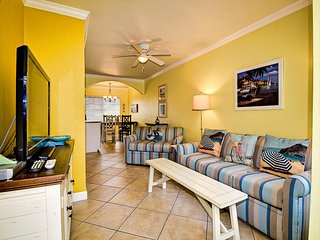 Barefoot Beach Condo A203 Impeccably Maintained condo